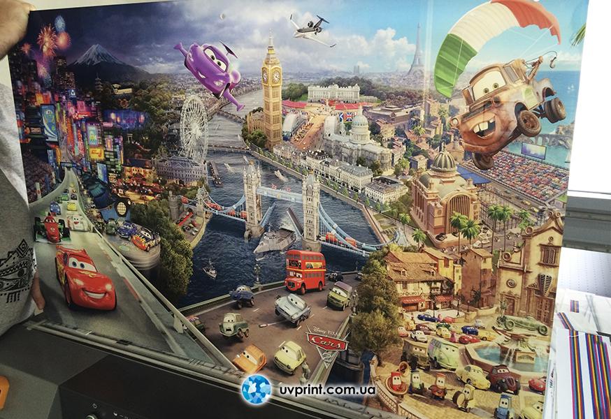 closet_glass_cars_pixar